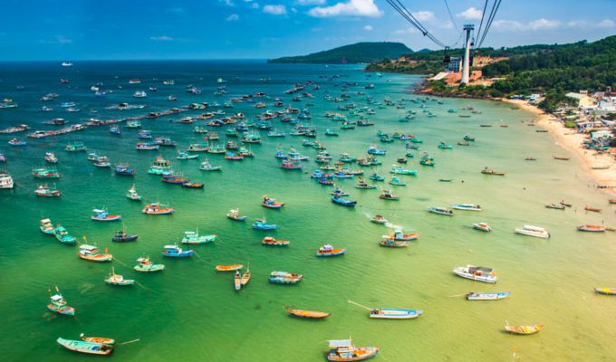 Southeast Asia, local resort towns top New Year travel destinations for Vietnamese